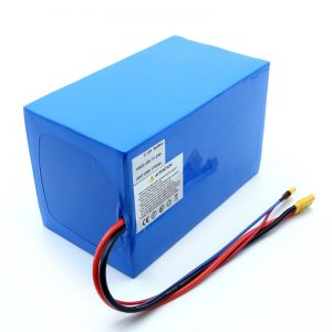 Bateria de lítio 18650 48V 51.2AH 24v 30V 60V 15ah 20Ah 50Ah Baterias de íon-lítio 18650 48V Pacote de bateria de íon-lítio para scooter elétrico