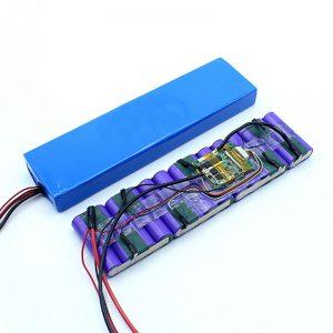 Preço de fábrica Pacote de bateria de íon de lítio 36V personalizado 18650 36 volts